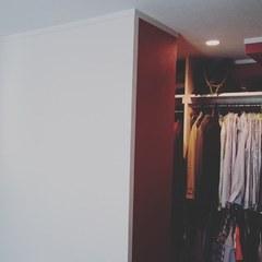 寝室のウォークインクローゼット