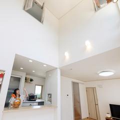 近江八幡市為心町中の太陽光発電住宅ならクレバリーホームへ♪近江八幡店