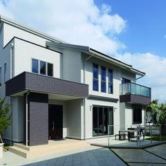 掛川市大坪台のインダストリアルな外観の家で広々クローゼットのあるお家は、クレバリーホーム掛川店まで!