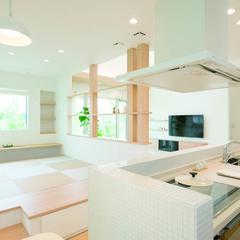 松阪市京町のパネル工法 2×4(ツーバイフォー)の家でおしゃれな手摺のあるお家は、クレバリーホーム 松坂店まで!
