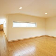 新潟市中央区有明台のインダストリアルな外観の家で吹き抜けのあるお家は、クレバリーホーム新潟中央店まで!