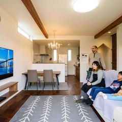 デザイナーズ住宅 壁掛けテレビ