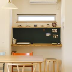 親子で共有space 壁には一部黒板を使っています。