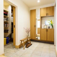 デザイナーズ住宅 広い玄関
