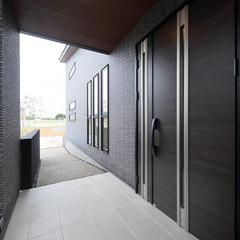 浜田市元浜町のシンプルモダンな外観の家で広々した廊下のあるお家は、クレバリーホーム 浜田店まで!