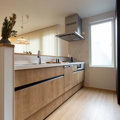 キッチン窓 トレッティオグラード 櫻井建設 規格住宅 TRETTIO GRAD