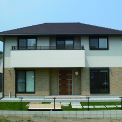 素材の質感や機能的な暮らしを愉しむ 広島の注文住宅・新築一戸建てはテクナホームへ