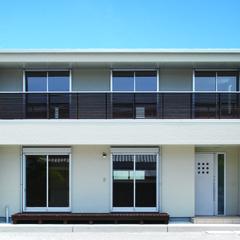 バランスとディテールを整えたシンプルで美しい住まい 広島の注文住宅・新築一戸建てはテクナホームへ