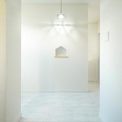 上越市妙高市で新築・工務店をお探しの方におすすめ!【家型のニッチがアクセントの玄関】
