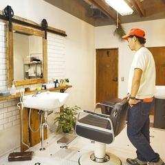 K-industrialよりフルリノベーションした美容室