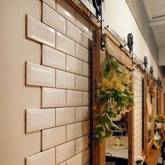 K-industrialデザインで手掛けた美容室「sun&me」店舗リフォーム