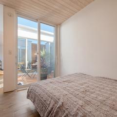 寝室/インナーバルコニー/BAWSTANDARD/高知の住まいづくりならウッドスタイル株式会社