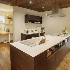 キッチン/BAW STANDARD/平屋/自然素材の家ならウッドスタイル