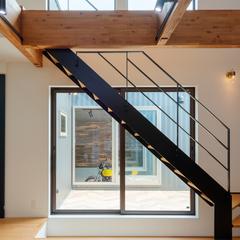 スケルトン階段/LDK/自然素材×デザインウッドスタイル株式会社