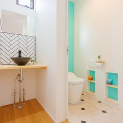 トイレ/手洗い/ティファニーブルー/高知の注文住宅はウッドスタイル株式会社