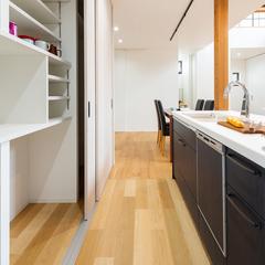 キッチン/食品庫/高知で注文住宅を建てるならウッドスタイル株式会社