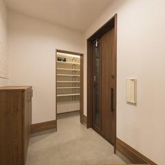 静岡市駿河区 黒板カウンター・シースルー階段!毎日が楽しい家