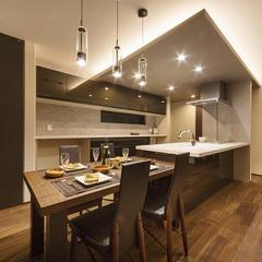 藤枝市岡部町造作間接照明棟と広々アイランドキッチンの家