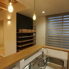 静岡市清水区カルフォルニアテイストのオークフロアの家