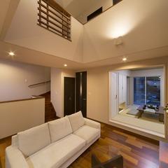焼津市 リビングに家族が集まるリゾートな家