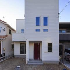静岡市駿河区 光降り注ぐ吹き抜け・ロフト・屋上庭園のある遊び心満載の家