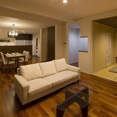 外観・インテリアはもちろん、造作家具や装飾も圧倒的な存在感と高級感にあふれた家