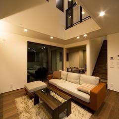 玄関からLDKに3つの目的別動線を確保。食品、衣類、書籍など、収納も計画バッチリな家