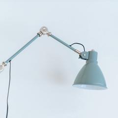 スタイリッシュな照明器具/新居浜市「由と祥雲の家」
