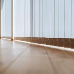 優しい光が差し込むバーチカルブラインド/新居浜市「由と祥雲の家」