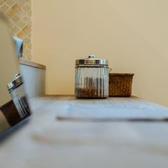 カフェのような造作キッチンカウンター/今治市「潜と珊瑚の家」