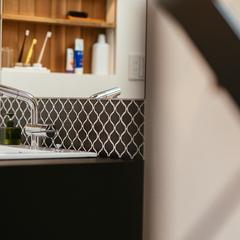 大人な印象の洗面台。/西条市「慕と成就の家」