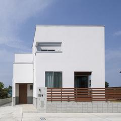 アトリエ建築家によるシンプルモダンな住宅