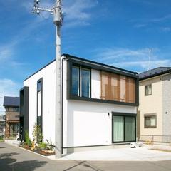 アトリエ建築家による2階建て住宅「R+house」
