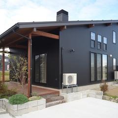 自然素材の優しさ、薪ストーブに集う田舎暮らしが出来るお家が長岡市に完成しました。