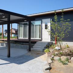 自然素材・エコハウス 20坪 2LDK+ウッドデッキのある平屋の家が長岡に完成しました。