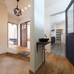 ハウスカが考案する、家族とお客様の玄関を分けた間取りのお家。