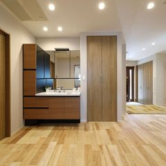 数多く住宅を建ててきたハウスカだからこそ出来る、洗面所を廊下に設置するスタイル。