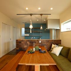 hauskaの2Fリビングの家には、温かな光が降り注ぎます、いわき市の自然素材の注文住宅はハウスカをご覧ください。