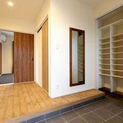 玄関ホールもライフスタイルに合わせてハウスカはご提案します。