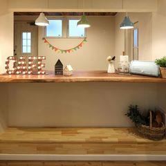 店舗スペースの造作キッチンカウンターはオシャレに仕上げました。