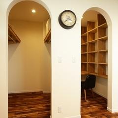 書斎とクローゼットは使う方に合わせてハウスカがご提案します。