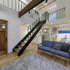 スケルトン階段がインパクト大なリビングをいわき市のハウスカで。
