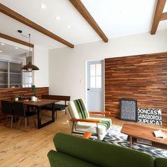 リップタイルをふんだんに使用したヴィンテージ感漂うお家もいわき市のハウスカでご相談ください。