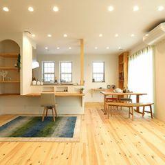 明るめの無垢床に優しい色味でコーディネートされたナチュラルなお家もいわき市のハウスカは得意です。