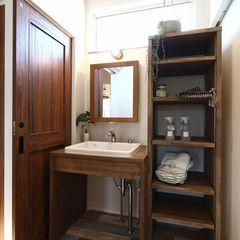 ハウスカが木材で造る洗面手洗い。シンプルな洗面をご希望の方にお勧めです。