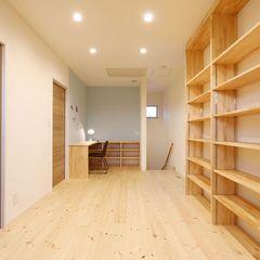 ハウスカでは2Fホールもただの通路にせず使用目的を持たせた空間に仕上げます。
