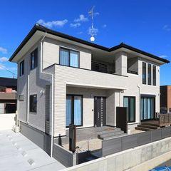 ハウスカがご提案する、煉瓦を一色にすることで、シンプルモダンに仕上がったお家です。