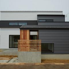 新潟市西浦区で断熱に優れたお家をお探しなら新潟県長岡市の稲垣建築事務所まで♪