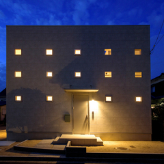 デザイン住宅だからこその際立つシンプルな外観