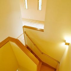 ナチュラルな階段は千葉県我孫子市の青山都市建設まで!31